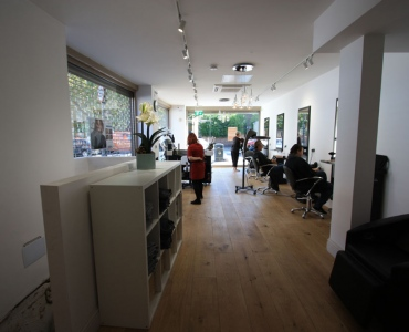 BROADWAY-HAIR-SALON-–-TOOTING-2